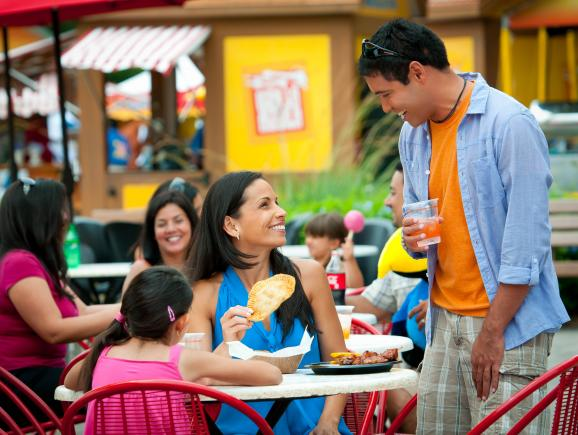 All-Day Dining Deal at SeaWorld